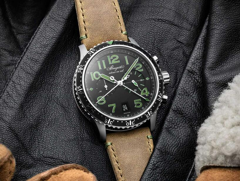 High quality fake watches are classic and sturdy with titanium bezels.